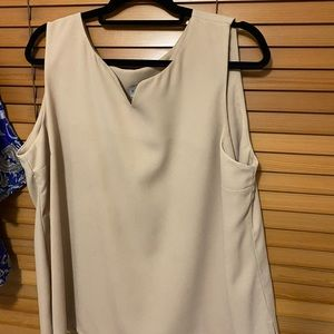 🔥$10 SALE ❄️⛄️Sleeveless Top to wear under Jacket